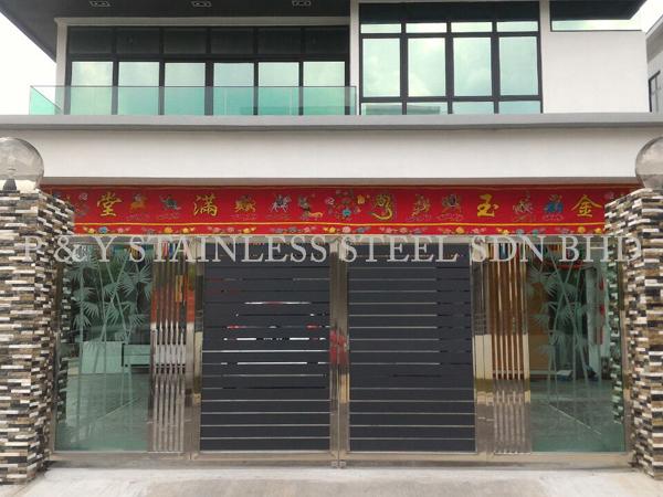 P & Y Stainless Steel Sdn Bhd | Gate & Doors | Double Leaf Door ...